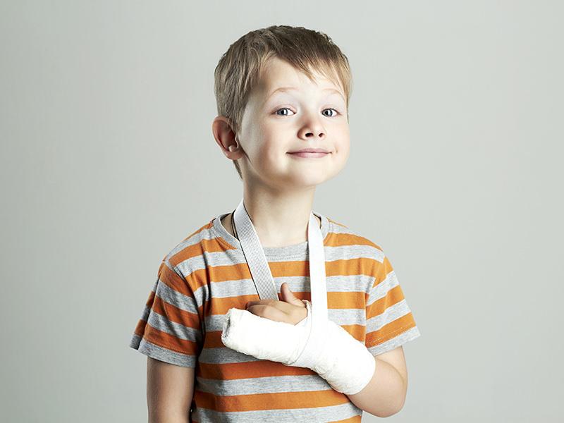 子どもの交通事故治療